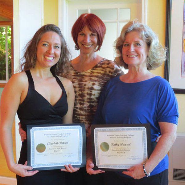 web-Liz-Kathy-Diane-graduation-1024x768